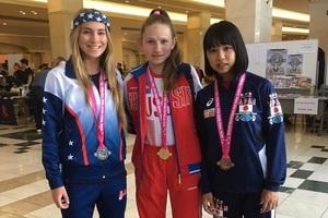 Спортсменка из Приморья установила два мировых рекорда в пауэрлифтинге