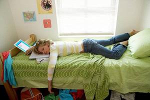 Ученые рассказали, почему сон в дневное время - опасен