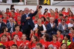 Легендарный хоккеист Вячеслав Фетисов открыл международные соревнования во Владивостоке