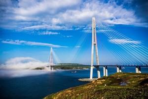 Коллапс на Золотом мосту во Владивостоке будет теперь повторяться каждое утро
